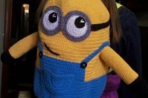 Las mochilas tejidas a crochet para niños que ellos adorarán