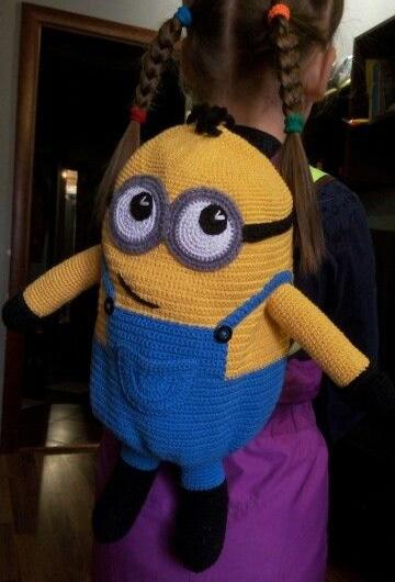 mochilas tejidas a crochet para niños personajes
