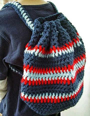 mochilas tejidas a crochet para niños varones
