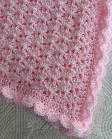 modelos de colchas tejidas a crochet rosada
