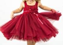 Haz fácilmente hermosos vestidos tejidos con tul para niña