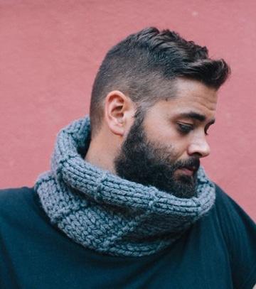 bufandas tejidas para hombre joven