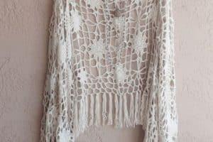 Los chalecos de crochet para verano una moda muy cómoda