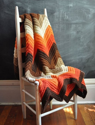 colchas tejidas a crochet de colores tierra