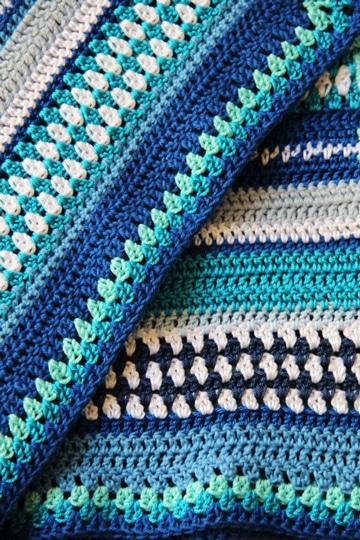 colchas tejidas a gancho tonos azules