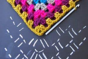 Mira como hacer cuadrados a crochet para tus creaciones