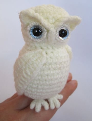 muñecos tejidos al crochet de buho