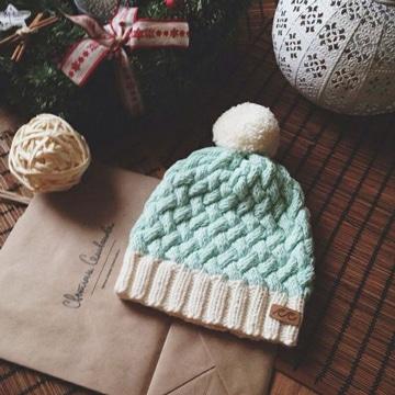 patrones de gorros tejidos a crochet con moño
