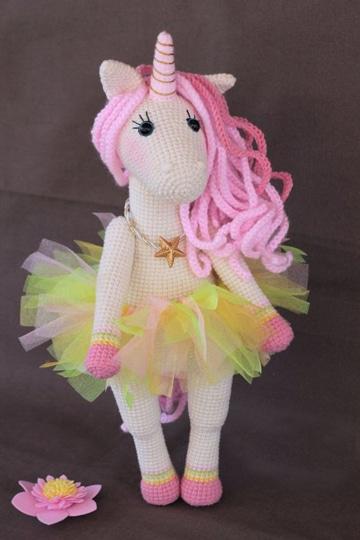 unicornios tejidos a crochet coquetos