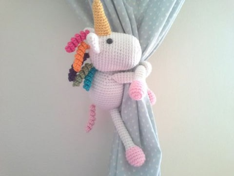 unicornios tejidos a crochet decorativos
