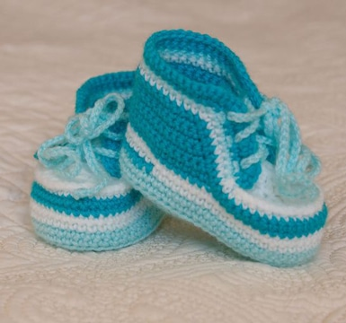zapatos tejidos para bebe varon azules
