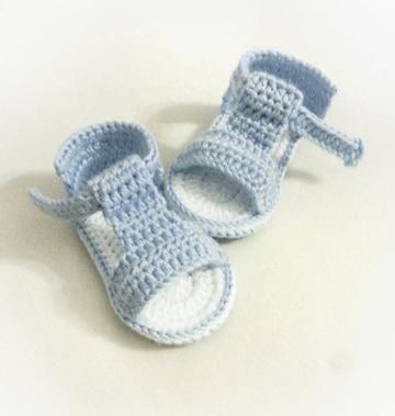zapatos tejidos para bebe varon tiernos