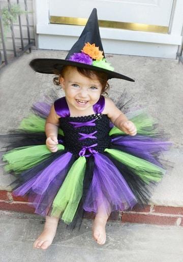 imagenes de disfraz de bruja para niña bebes