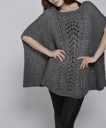 poncho rectangular tejido a dos agujas para mujer