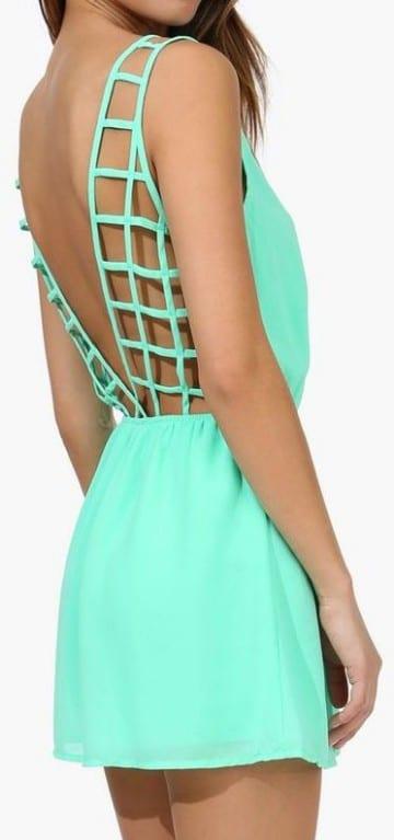 vestidos de color verde menta cortos