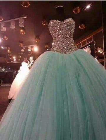 vestidos de color verde menta para 15 años