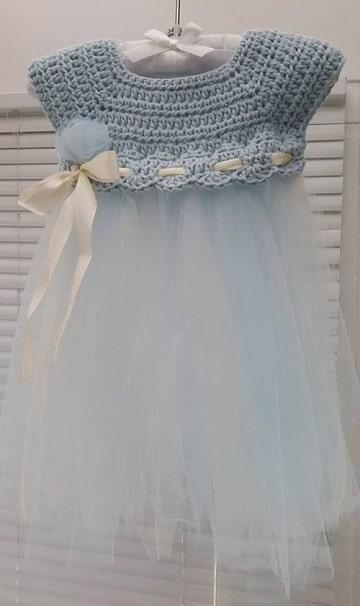 vestidos de niña tejidos a gancho varios materiales
