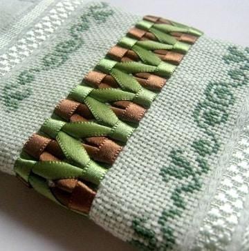 bordados en cinta para toallas diseños