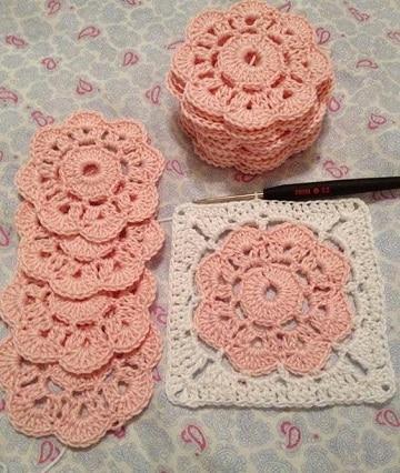 flores de ganchillo sencillas para mantas