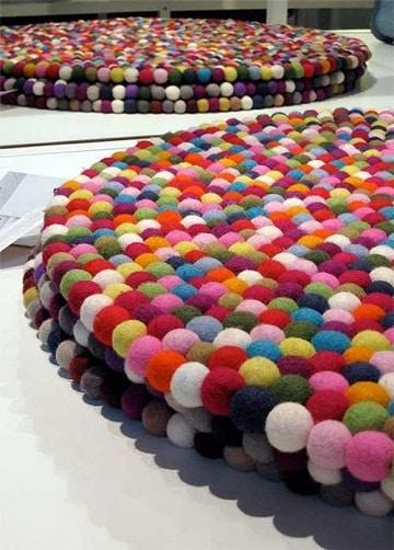 alfombras de pompones infantiles coloridas