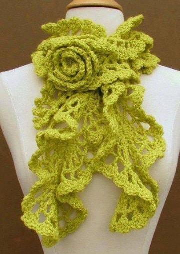 bufandas de ganchillo para mujer con flor