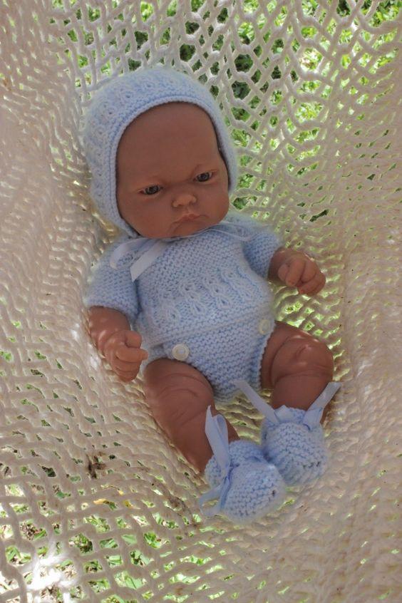 como hacer ropa para muñecas bebes a crochet