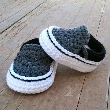 como hacer zapatitos de lana de moda