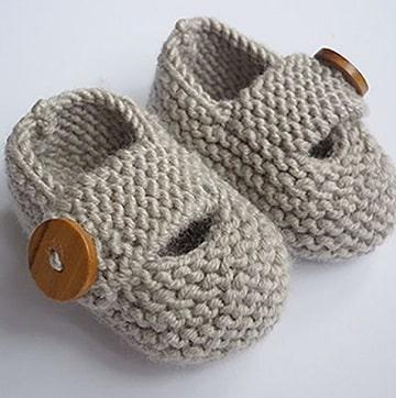 como hacer zapatitos de lana para niña
