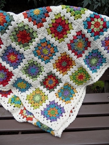 mantas de ganchillo para sofas colores
