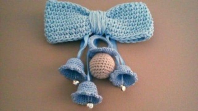 campanas tejidas a crochet con lazo