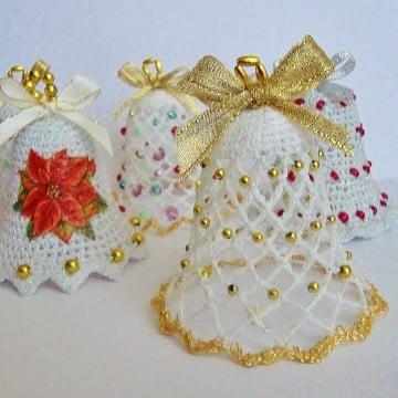 campanas tejidas a crochet decoradas