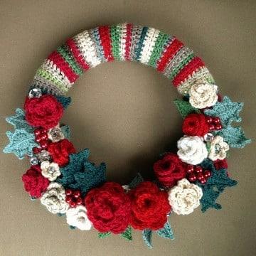 coronas navideñas a crochet para adorno