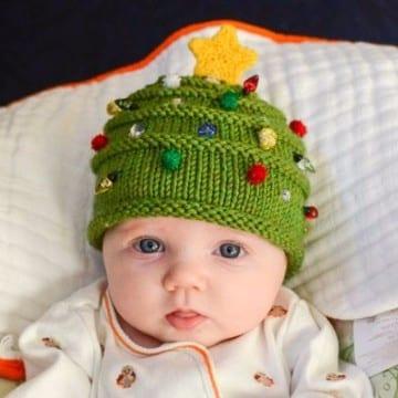 gorros navideños en crochet de arbol