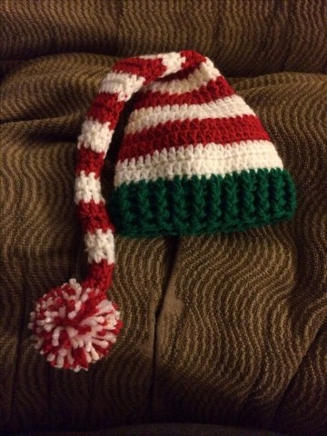 gorros navideños en crochet rojo y verde