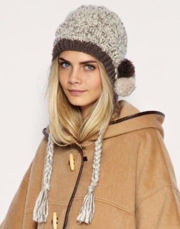 modelos de gorros de lana con borlas