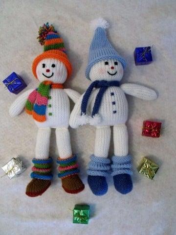 muñeco de nieve con estambre en pareja