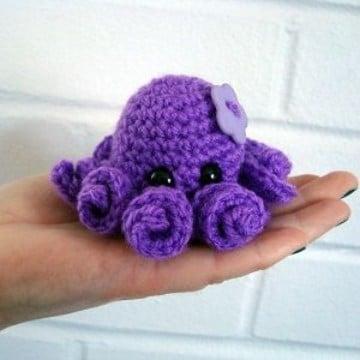 pequeños pulpos tejidos a crochet