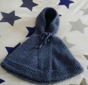ponchos tejidos para niños a mano