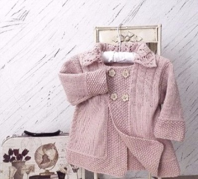 saquitos tejidos para niñas en rosa palido