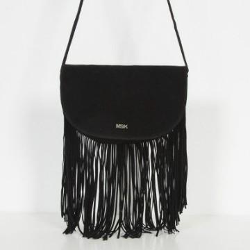 bolsos negros pequeños con flecos