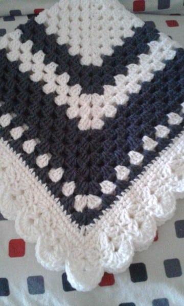 cobijas tejidas para niña a crochet