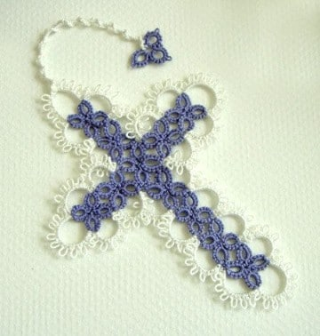 como hacer rosarios tejidos en dos colores