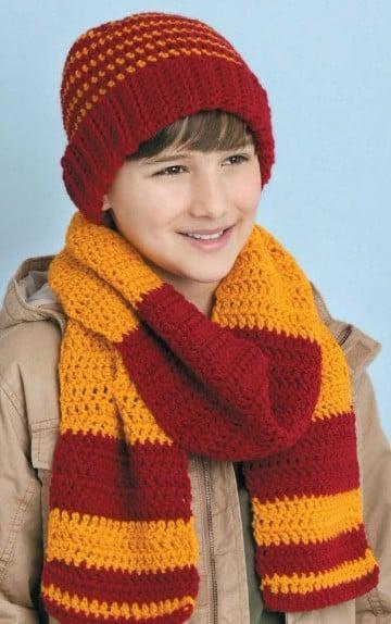 gorros y bufandas para niños en dos colores