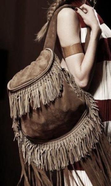 mochilas de cuero con flecos