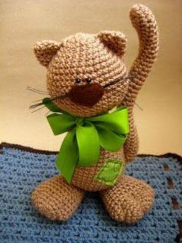 gatos tejidos a crochet de lana