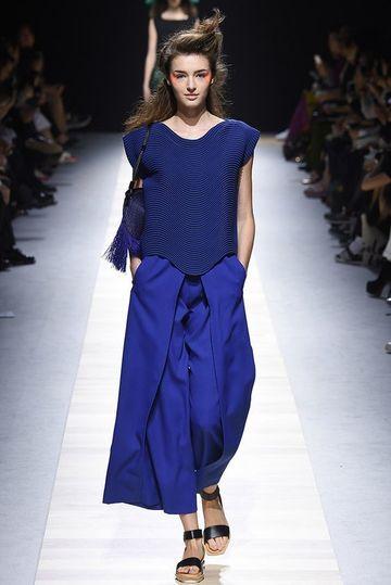 modelos de pantalones para dama anchos