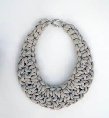 imagenes de collares tejidos sencillos