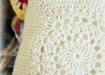 Los almohadones al crochet cuadrados vuelven para quedarse