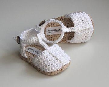 tejidos a mano para bebes zapatitos niña