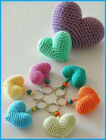 corazones a crochet rellenos para llaveros
